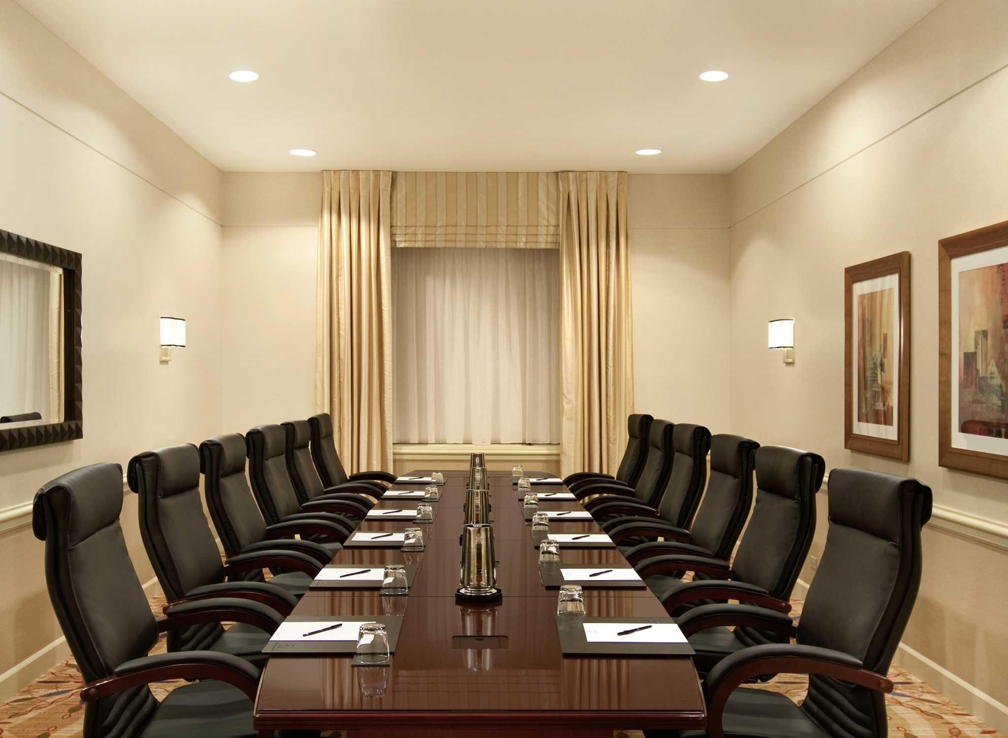 Hoteles En El Centro De La Ciudad De Washington Dc Hotel De Lujo  # Muebles Hilton Capital Federal
