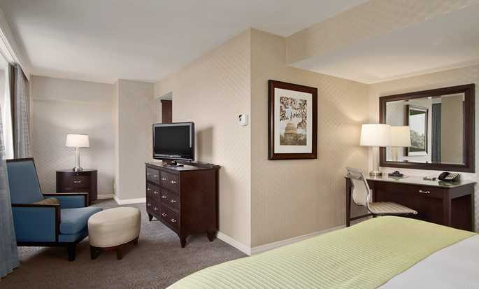 Washington Hilton hotel, U.S. - Alcove King Guest Room