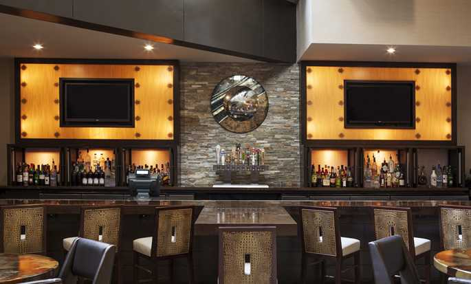 Hilton Denver City Center hotel, Colorado, EE. UU. - Bar