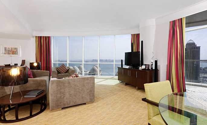 Hilton Doha, Katar – Lounge der Executive Suite