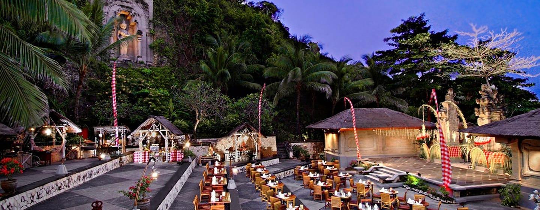 Hilton Bali Resort ประเทศอินโดนีเซีย - Kupu Kupu Amphitheater