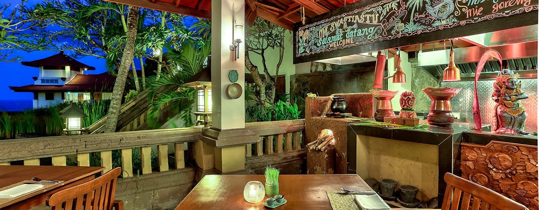 Hilton Bali Resort ประเทศอินโดนีเซีย - เฉลียงของ Paon Bali