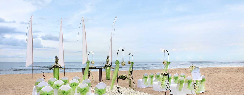 Hilton Bali Resort ประเทศอินโดนีเซีย - งานวิวาห์บนหาด