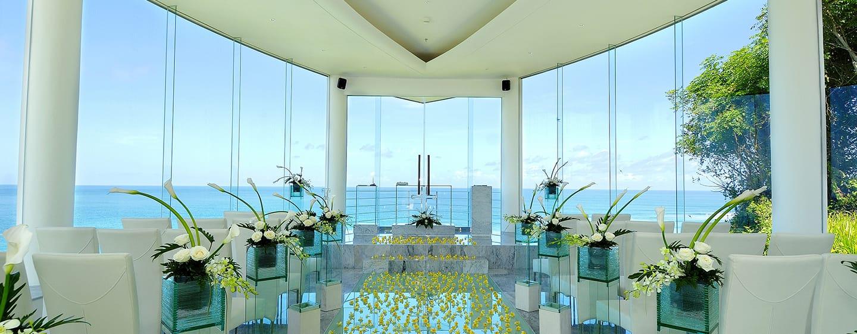 Hilton Bali Resort ประเทศอินโดนีเซีย - ภายในโบสถ์จัดพิธีแต่งงาน Wiwaha