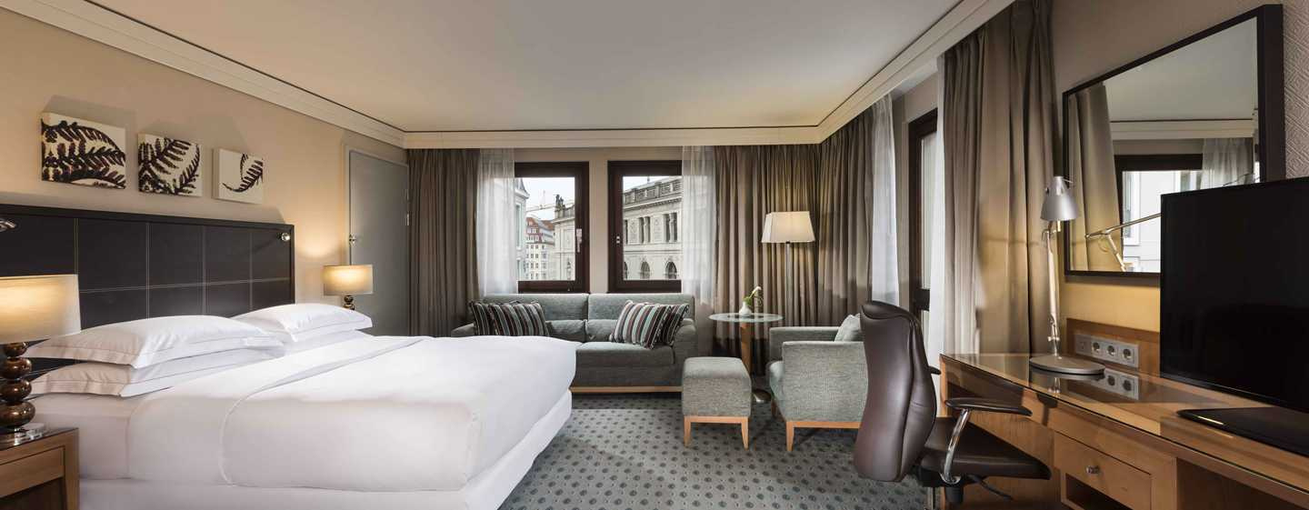 Hilton Dresden Hotel – Queen Hilton Executive Plus Family Zimmer