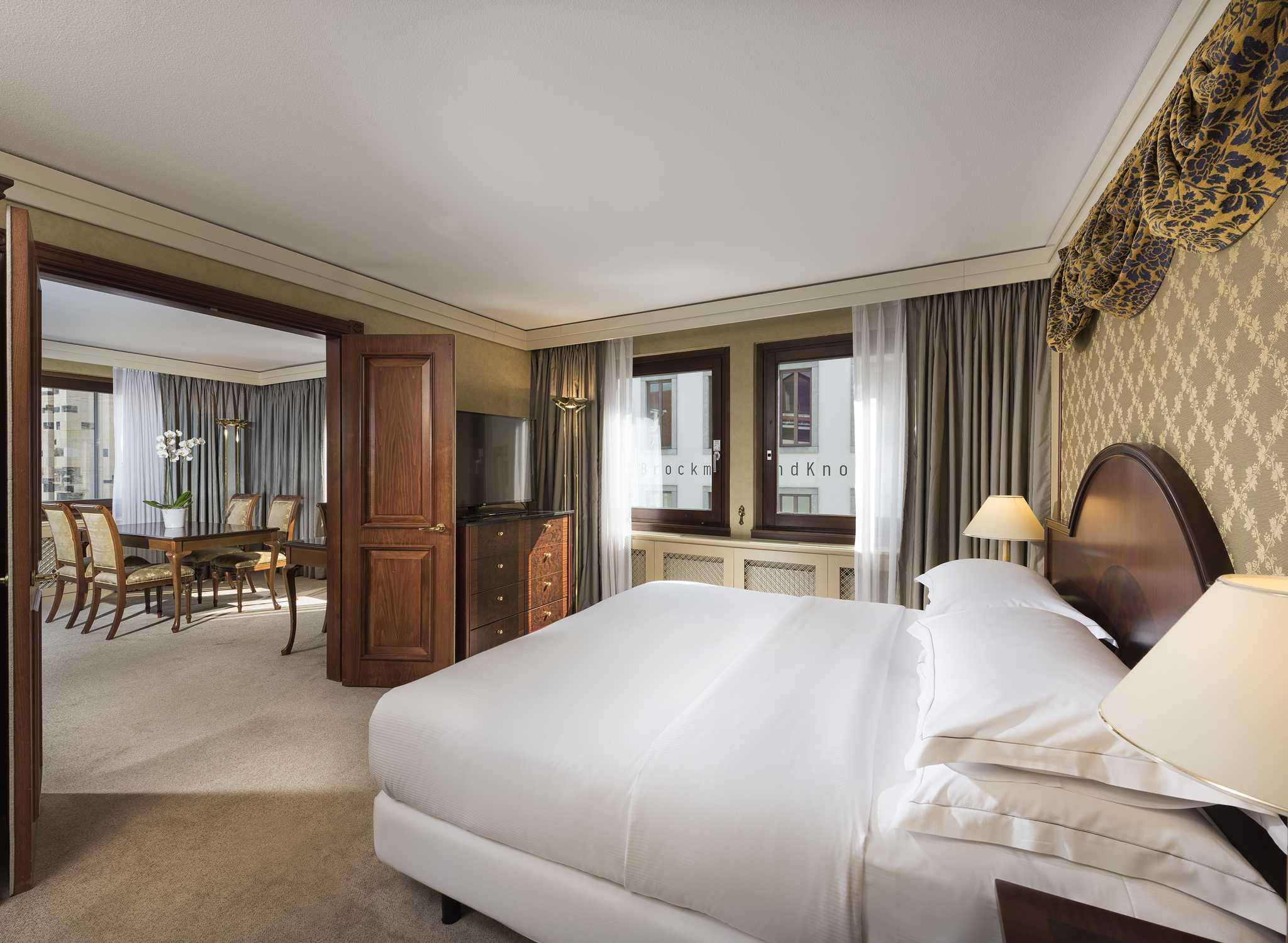 Hilton dresden hotels an der frauenkirche in dresden for Hotelzimmer dresden