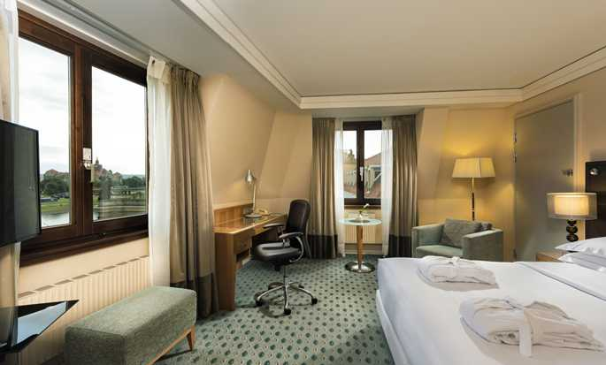 Hilton Dresden Hotel - Queen Hilton Executive Plus Room