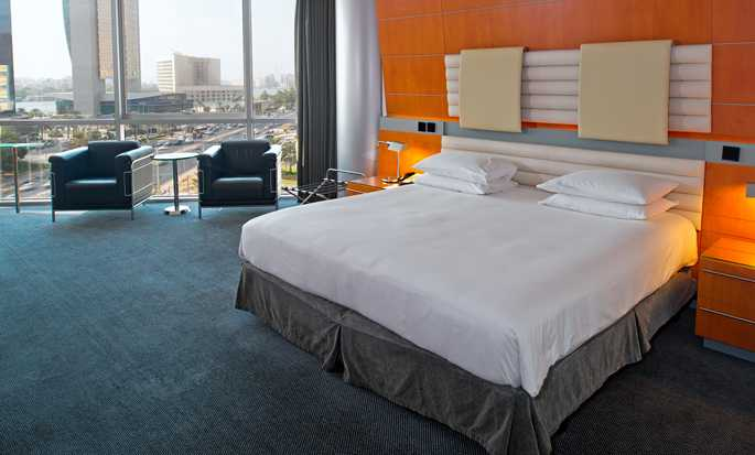 Hilton Dubai Creek hotel, VAE - King Deluxe suite