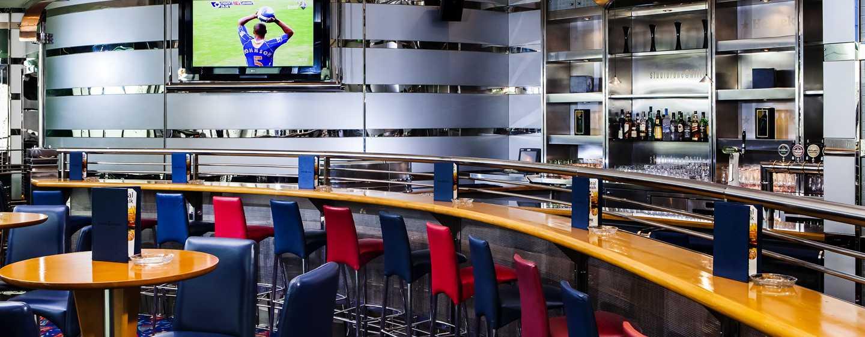 "Hilton Dubai Jumeirah Hotel, Dubai, VAE– Sportbar ""Studio One"""
