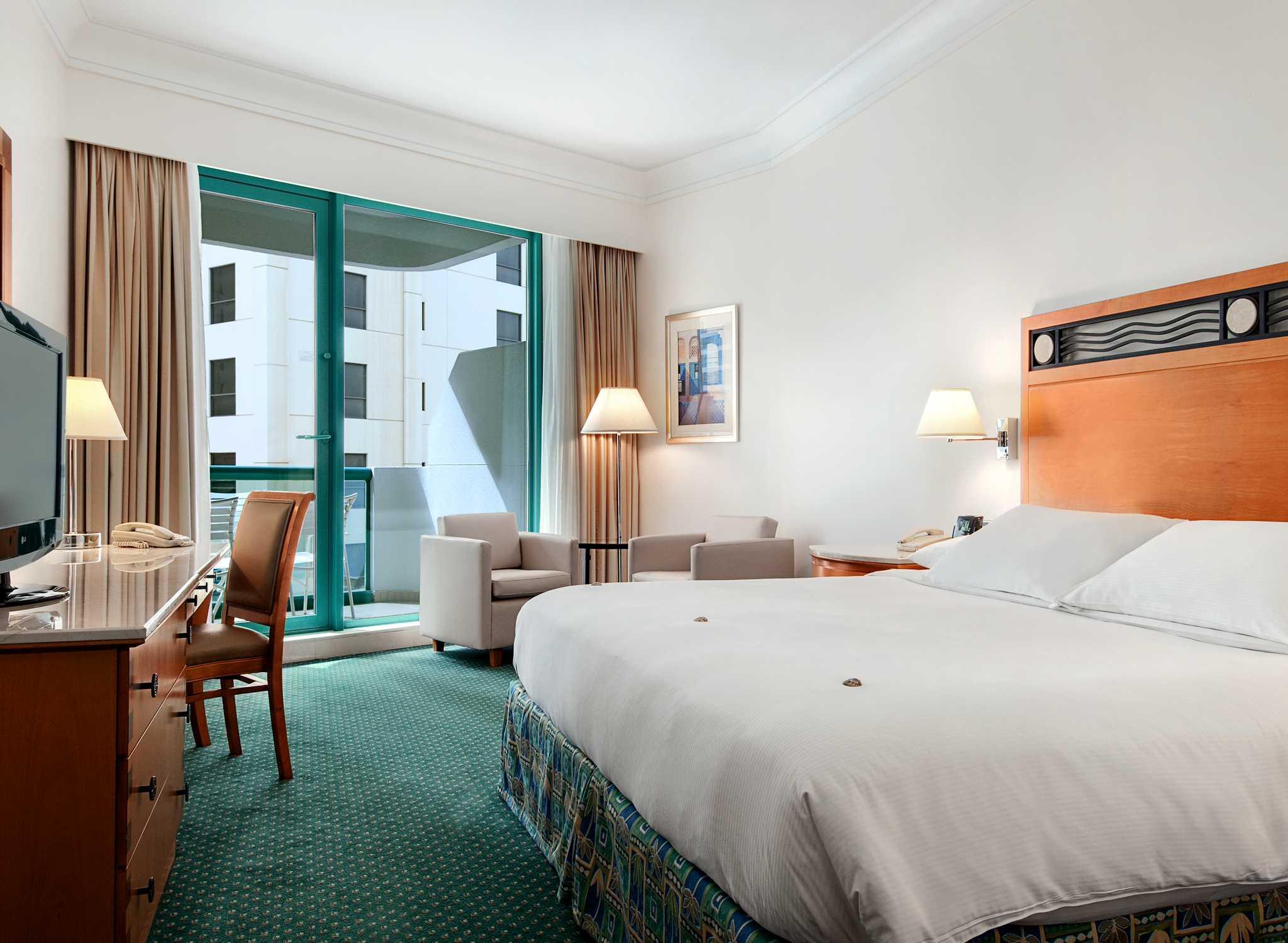 Hotels Et Complexes Hoteliers A Jumeirah Beach Hotel Hilton Dubai