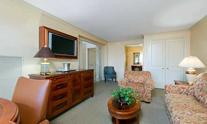 Hilton Short Hills hotel, New Jersey - King Suite
