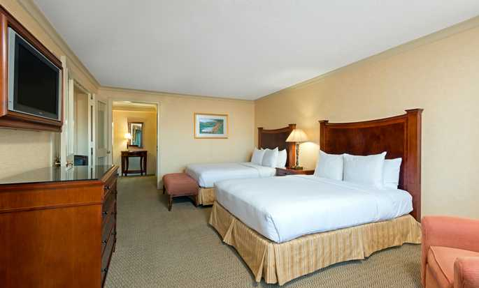 Hilton Short Hills hotel, New Jersey - Suite with two beds