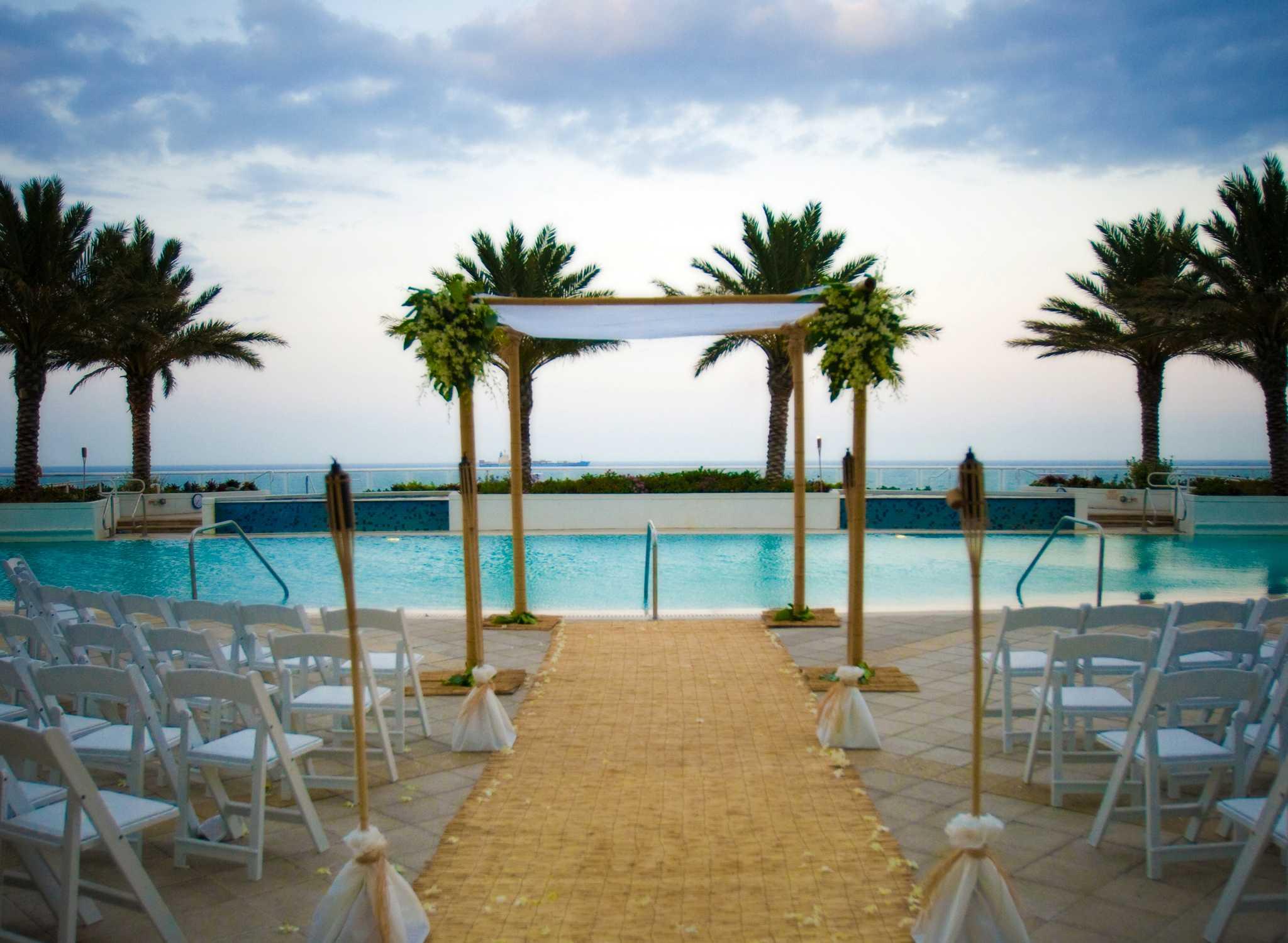 Hilton Fort Lauderdale Beach Resort Hotel Fl Usa Sunrise Terrace Wedding