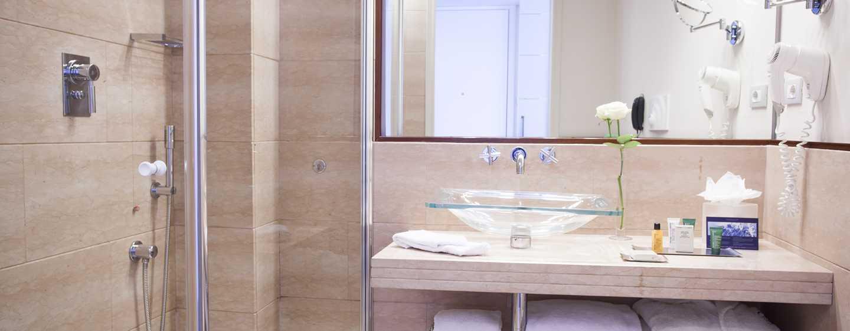 Hôtel Hilton Florence Metropole, Italie - Salle de bains d'une chambre de luxe
