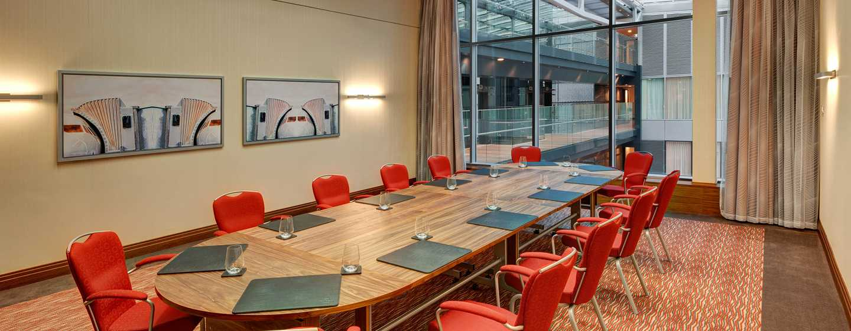 Hilton Frankfurt Airport Hotel, Deutschland– Meetingraum Penthouse
