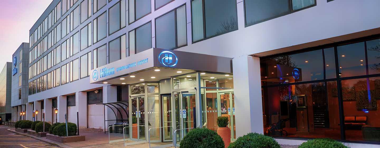 Hilton London Gatwick Airport, Reino Unido -Fachada del hotel