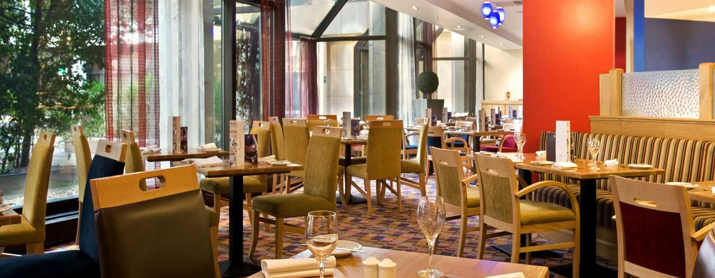 Hilton London Gatwick Airport, Großbritannien -Garden Restaurant