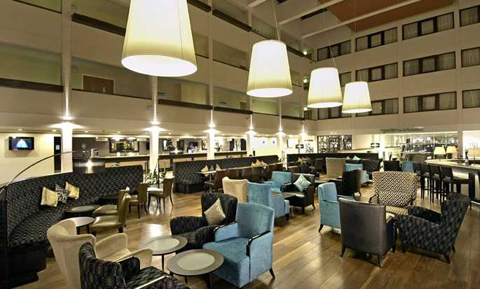 Hilton London Gatwick Airport, Reino Unido - Lobby bar