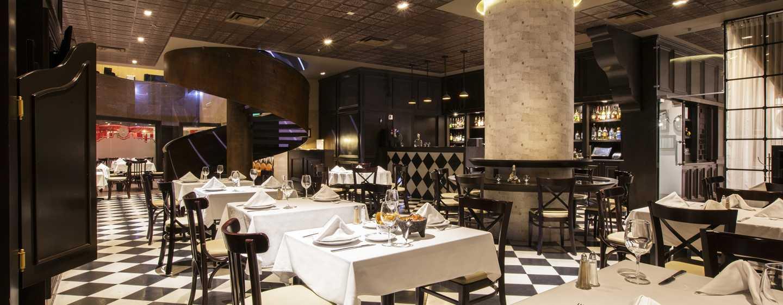 Hilton Guadalajara, México - Restaurante Cantina La Reforma Uno