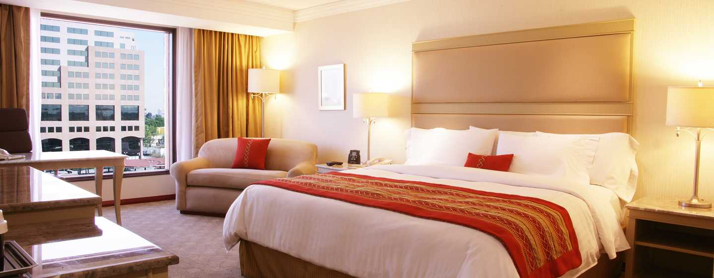 Hilton Guadalajara, México - Habitación estándar con cama King