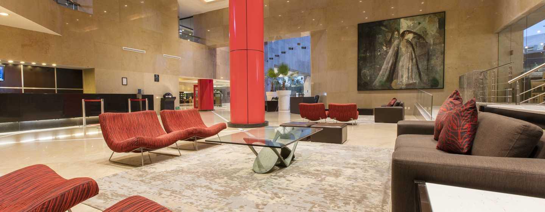 Hilton Guadalajara, México - Lobby del hotel