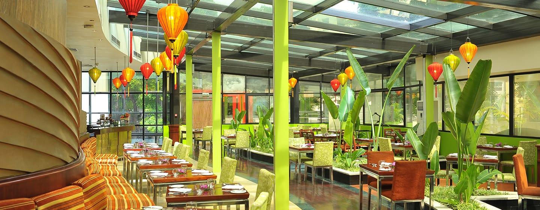 โรงแรม Hilton Hanoi Opera เวียดนาม - ภัตตาคาร Ba Mien
