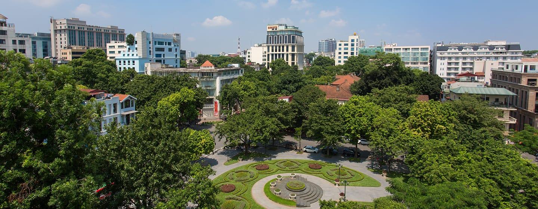 โรงแรม Hilton Hanoi Opera เวียดนาม - วิวสวนสาธารณะ