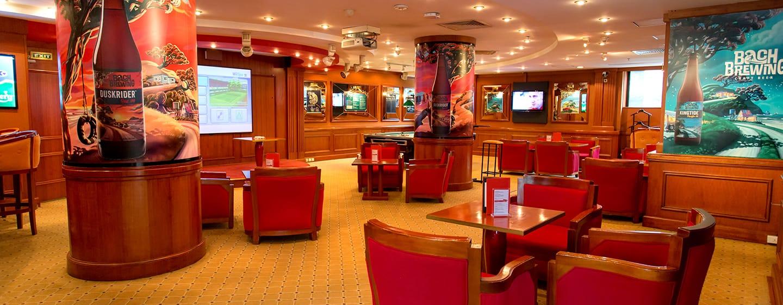 โรงแรม Hilton Hanoi Opera เวียดนาม - JJ's Sports Bar