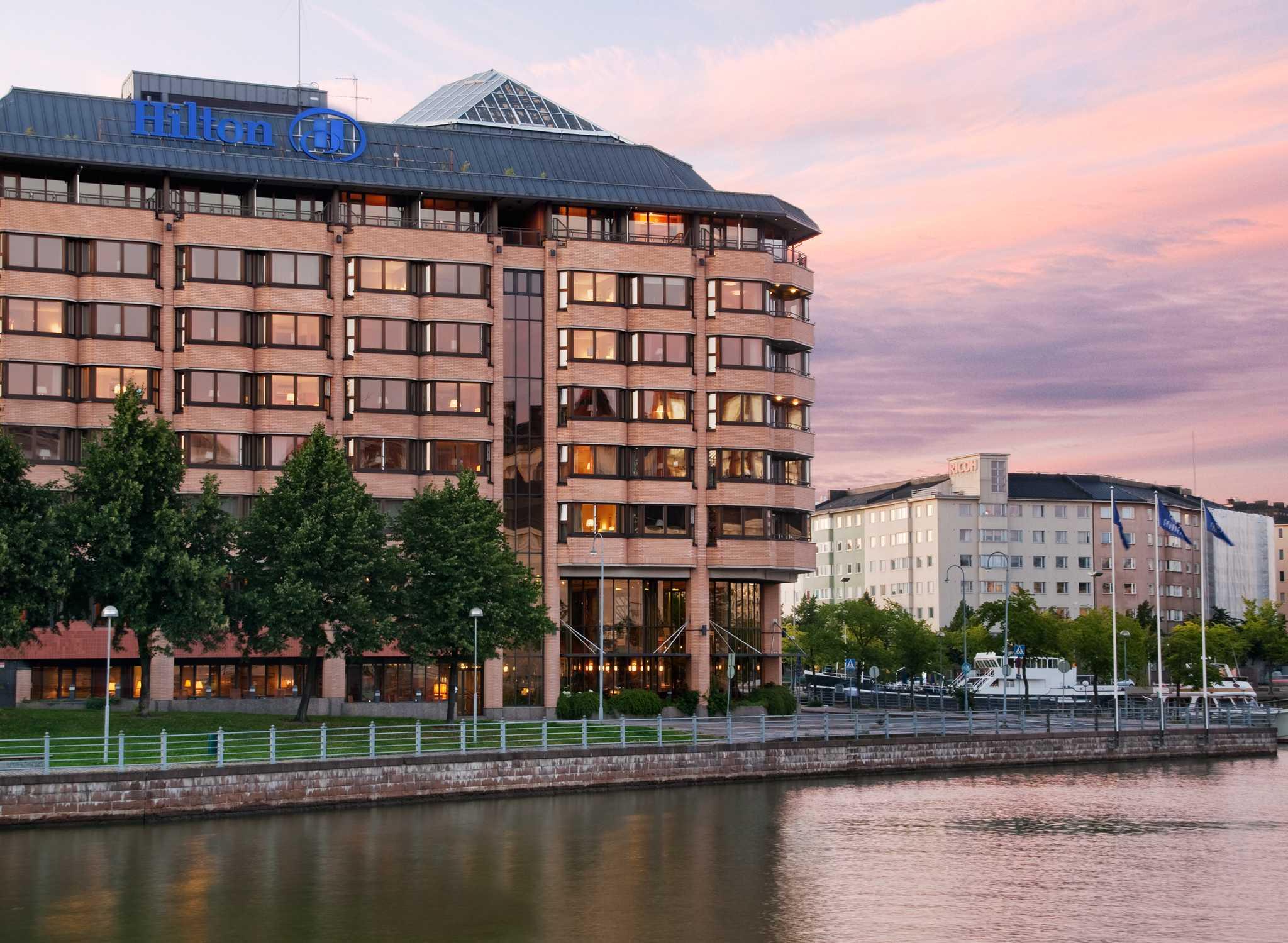 Hotelli Suomi Varaa Majoituksesi T Lt Hilton Hotelli