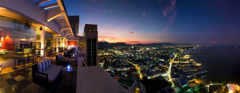 โรงแรม Hilton Hua Hin Resort & Spa ประเทศไทย - Sky Bar