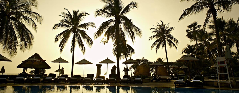 โรงแรม Hilton Hua Hin Resort & Spa ประเทศไทย - สระว่ายน้ำริมหาด