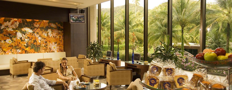 โรงแรมฮิลตัน ภูเก็ต อาร์เคเดีย รีสอร์ท แอนด์ สปา ประเทศไทย - พื้นที่ด้านนอก - ร้าน Caffe Cino
