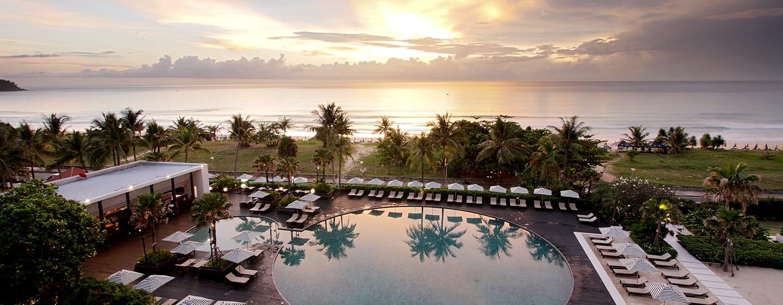 โรงแรมฮิลตัน ภูเก็ต อาร์เคเดีย รีสอร์ท แอนด์ สปา ประเทศไทย - พื้นที่ด้านนอก - สระว่ายน้ำ Ocean Beach Club