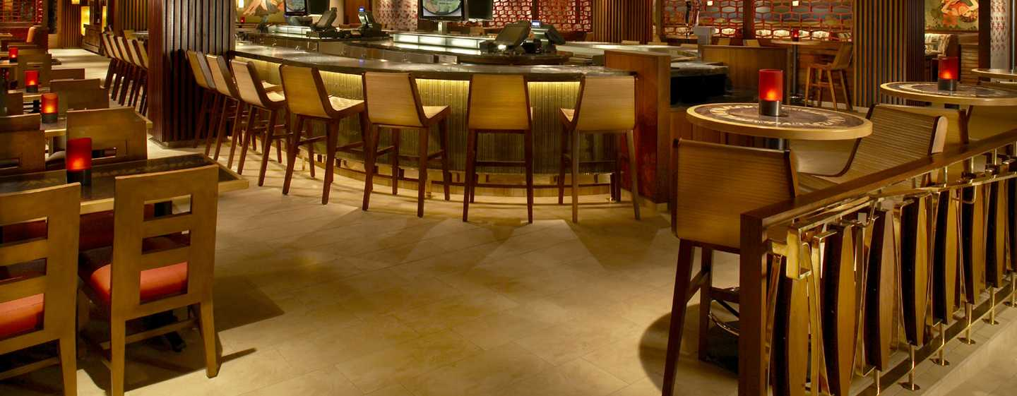 โรงแรม Hilton Hawaiian Village Waikiki Beach Resort สหรัฐอเมริกา - Tropics Bar & Grill