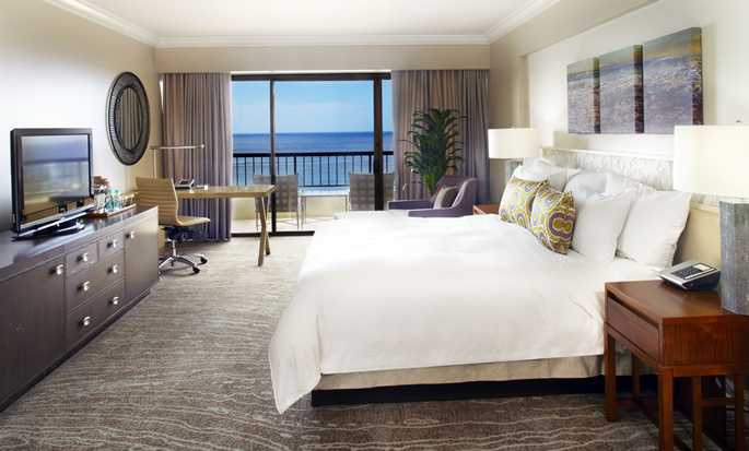 Hilton Hawaiian Village Waikiki Beach Resort Hotel, VS - Rainbow King kamer oceaankant
