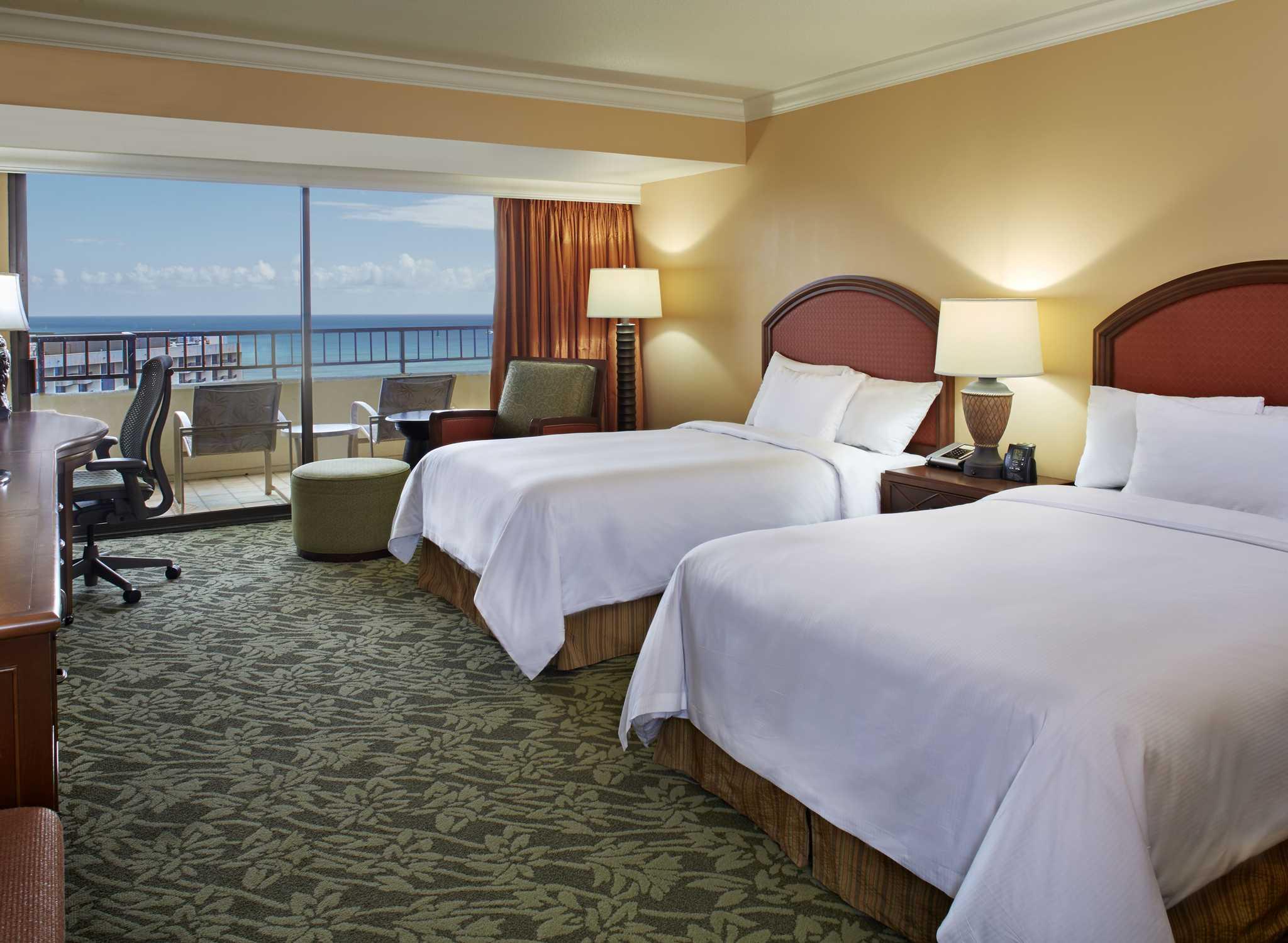 Hilton Hawaiian Village Waikiki Beach Resort Hotel Honolulu Hawaii Usa Zimmer Im