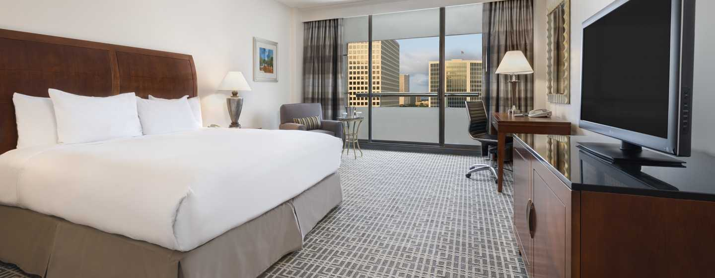 Hilton Houston Post Oak - Habitación estándar con cama King