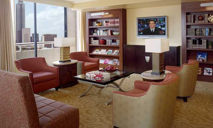 Hilton Houston Post Oak Hotel, USA - Suite