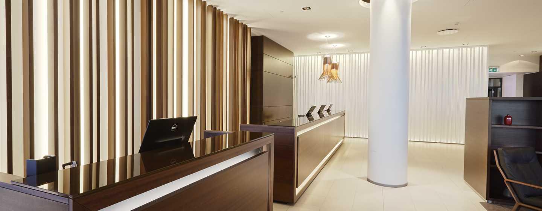 Hilton Reykjavik Nordica -hotelli, Islanti – vastaanottotiski