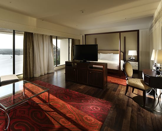 Hotel Hilton Kuching, Malaysia - Suite Governor