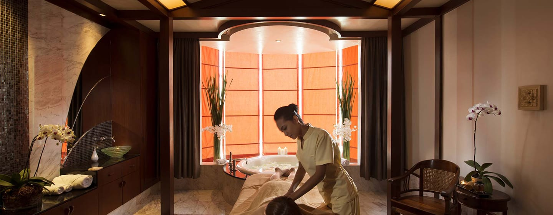 Hilton Kuala Lumpur Hotel, Malaysia– Spa-Behandlung
