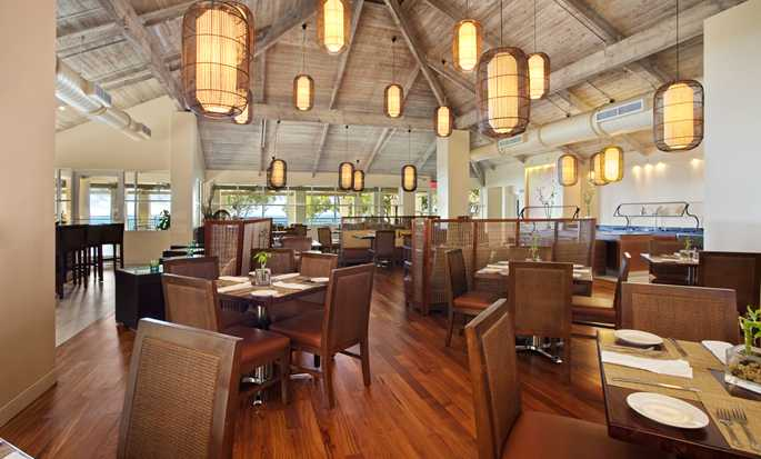 Hilton Key Largo Resort hotel, Fla. - Treetops Bar & Grill