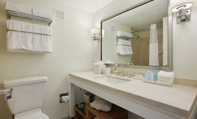 Hilton Key Largo Resort hotel, Fla. - Bathroom