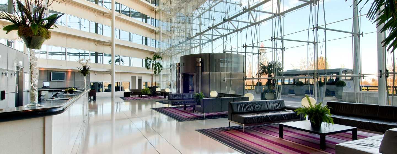 Hilton London Heathrow Airport, Großbritannien - Lobby