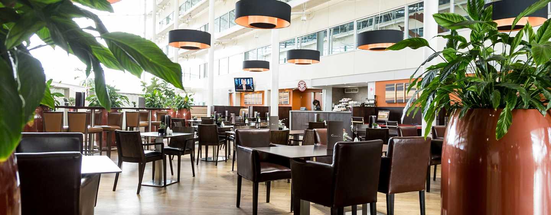 """Hilton London Heathrow Airport, Großbritannien - Restaurant """"Oscar's"""""""