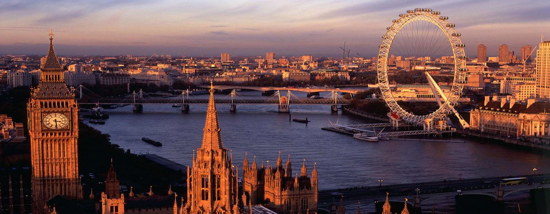 Hilton London Hyde Park, Großbritannien - London Eye, die Themse, sowie