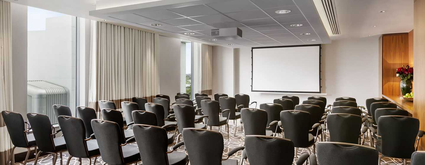 Hilton London Wembley Hotel, Großbritannien – Meetingraum