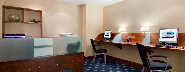 The Waldorf Hilton, London – Business Center
