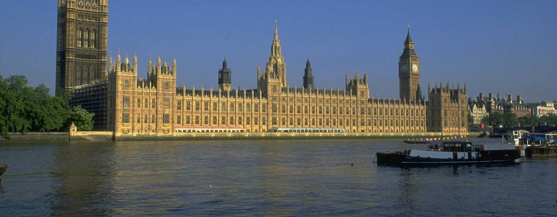 The Waldorf Hilton, London – Houses of Parliament