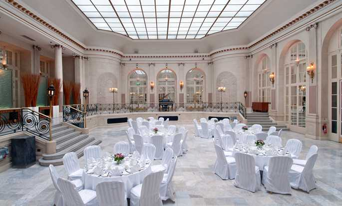 The Waldorf Hilton, London, Großbritannien – Meetings